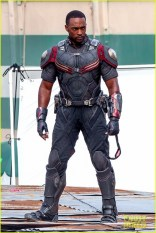 chris-evans-anthony-mackie-get-to-action-captain-america-civil-war-13