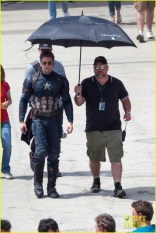 chris-evans-anthony-mackie-get-to-action-captain-america-civil-war-28