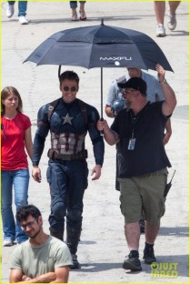 chris-evans-anthony-mackie-get-to-action-captain-america-civil-war-40
