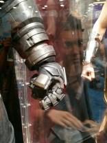 batman-v-superman-armor-image-comic-con-2015-450x600