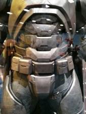 batman-v-superman-armor-image-comic-con-450x600