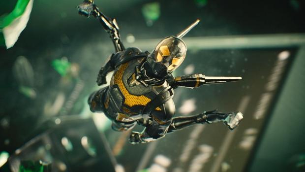 Ant-Man - pelea en el maletín 03