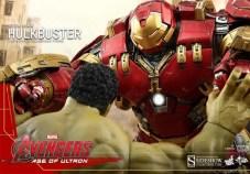 Hot Toy Hulkbuster 7