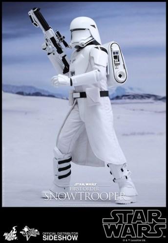 Hot Toys Star Wars VII 26