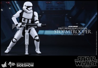 Hot Toys Star Wars VII 9