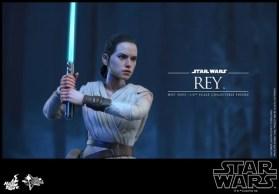 Rey Hot Toys 4