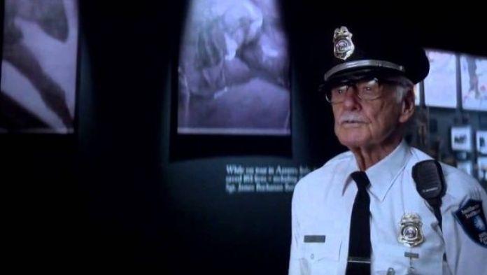 Stan-Lee-en-capitan-america-2