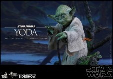 star-wars-yoda-sixth-scale-hot-toys-902738-06