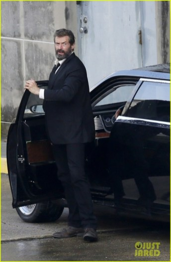 hugh-jackman-beard-wolverine-3-set-photos-10