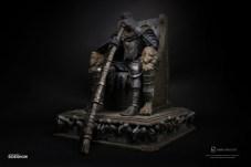 yhorm-on-throne_dark-souls_gallery_5dfd00c9a0b0b
