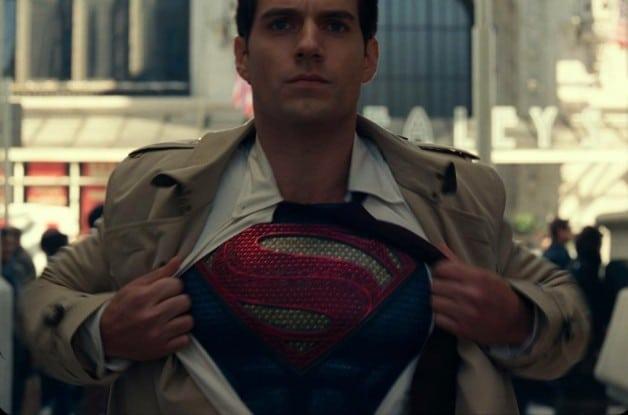 Henry Cavill - Superman - camisa