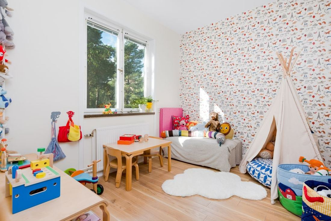 kid friendly decor apartment 13
