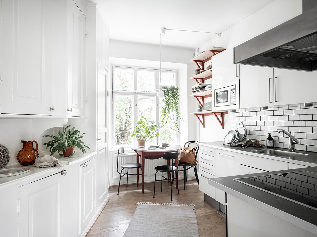 A mix of styles in just one apartment 14