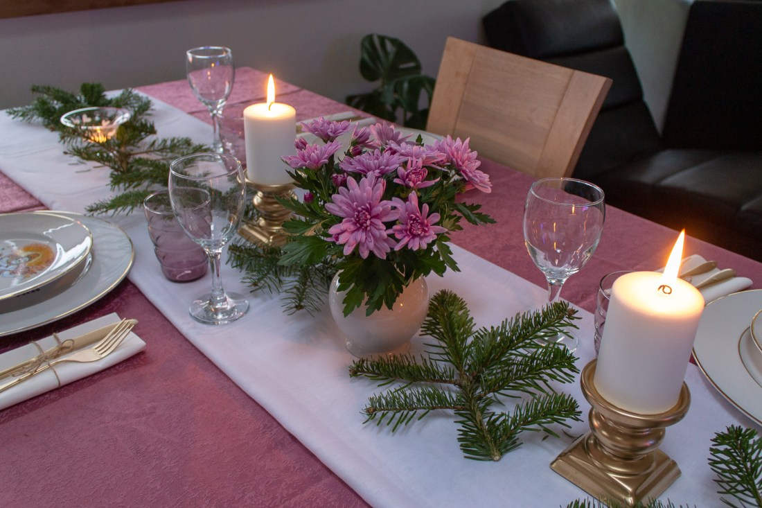 My birthday Table setting with soft touches of color in the middle of winter 02