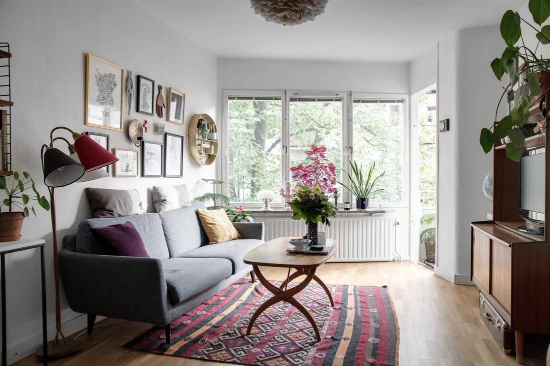 colorful rug decor apartment 01