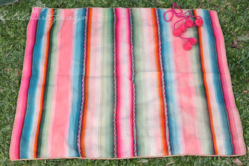 El aguayo, a textile piece from the Andes with a lot of color and tradition 10