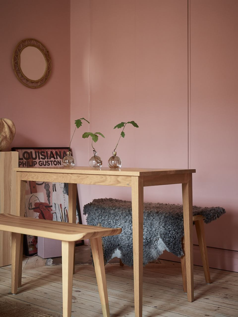 Pink and cherry A romantic, sophisticated and fresh apartment 07
