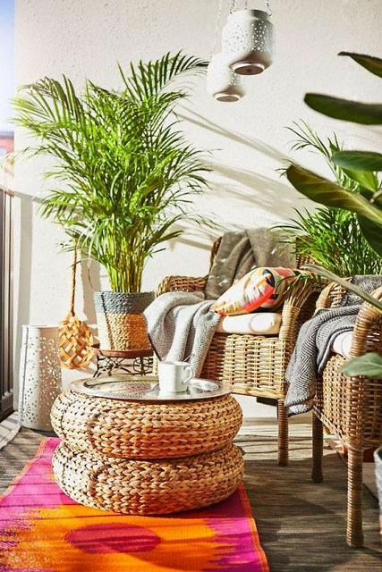 How to decorate a hygge balcony and not die in the attempt 11