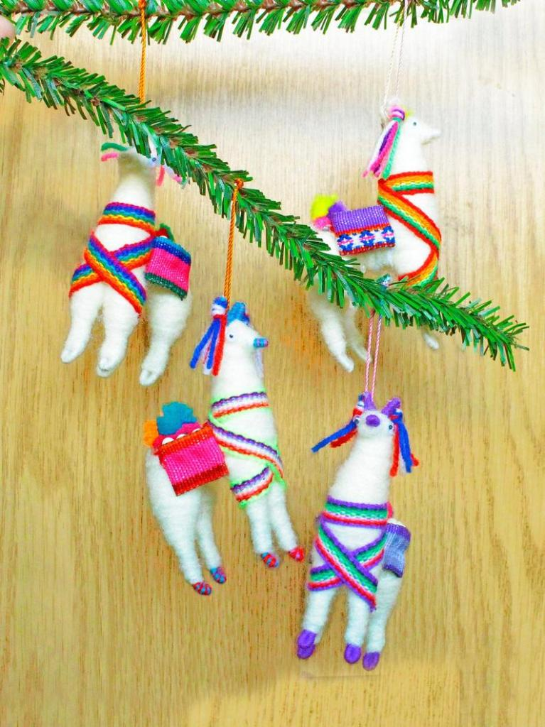 Peruvian inspiration to decorate your Christmas tree 06