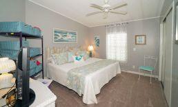 684 guest room