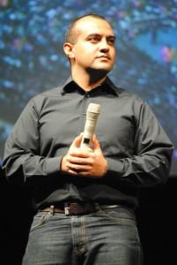 Pastor Alex López