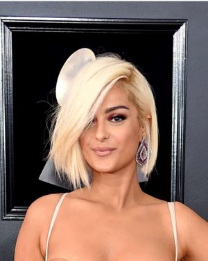 Custom Celebrity Wigs Lace Frenzy Wigs And Hair Extensions