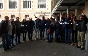 Hier après-midi, les grévistes ont laissé exploser leur joie à l'annonce de l'accord trouvé avec la direction de la Poste