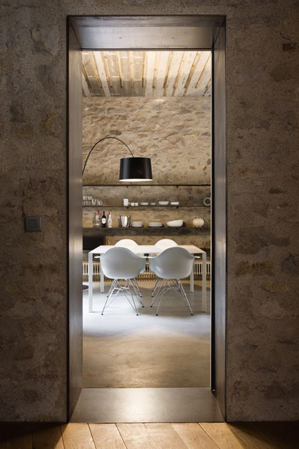 12-il-restauro-di-un-abitazione-medievale-a-girona-by-anna-noguera