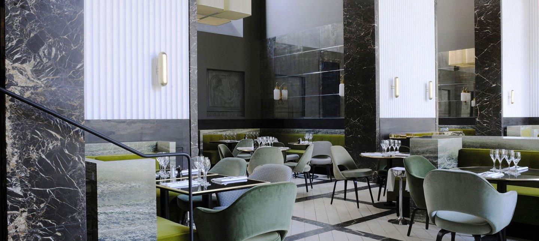 1-la-chaise-bleue-chez-monsieur-bleu-palais-de-tokyo-paris
