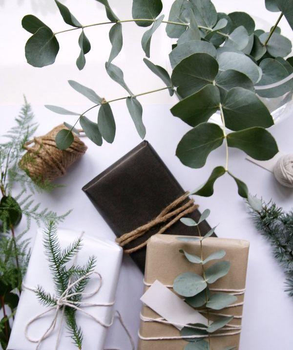 Design Time - I Colori del Natale - La Chaise Bleue - via: Hege In France