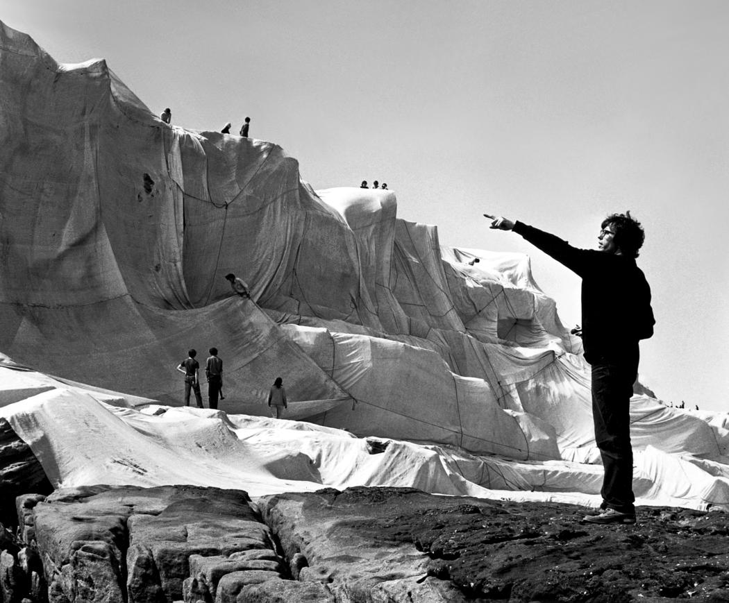 Christo directing work at Wrapped Coast  1969  Photo: Shunk-Kender  © 1969 Christo