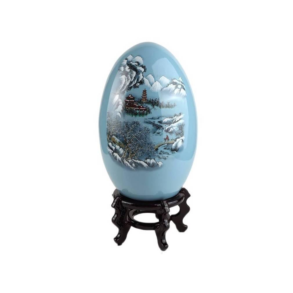 Oeuf Decoratif Chinois En Porcelaine Bleue Et Motif