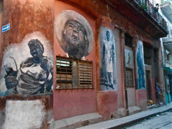 Cosa vedere a L'Avana musei arte -murale-santeria