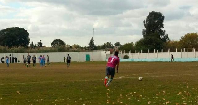 Ituzaingó goleó 3  por 0 a Yupanqui y trepa al tercer puesto en la tabla