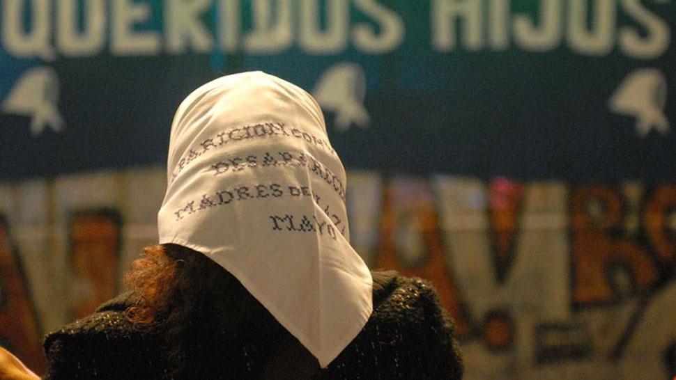 En la marcha contra la impunidad, las Madres le piden a la gente que vayan con pañuelos blancos