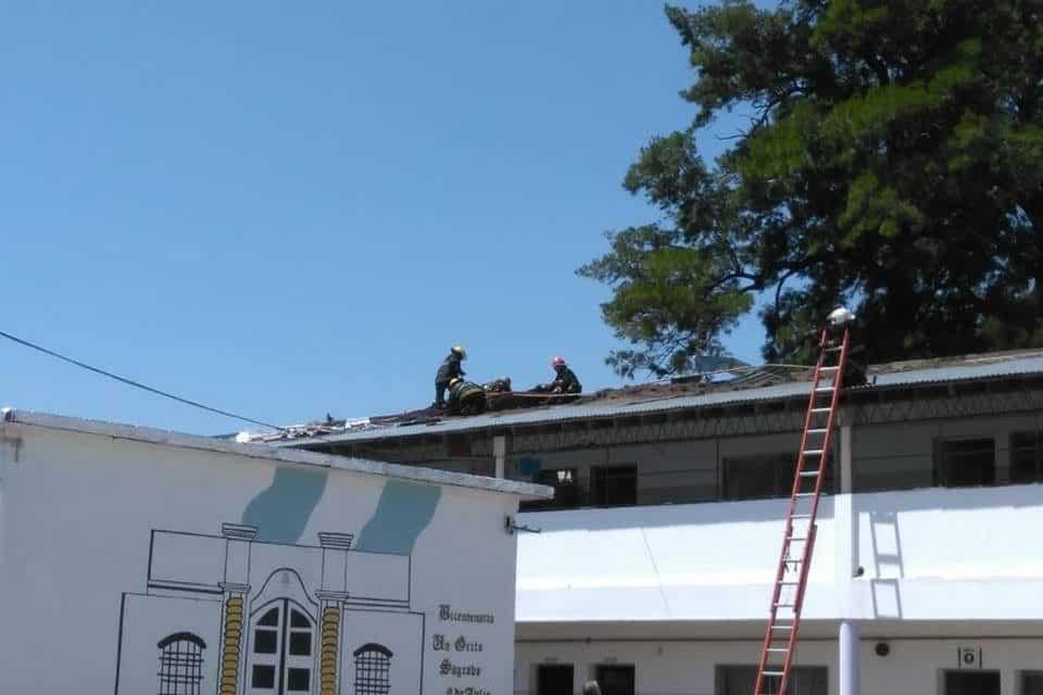 Se incendió el techo de una escuela de Ituzaingó: hacía dos meses que no tenían clases