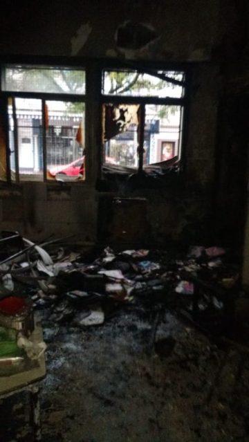 Incendio en el edificio de la escuela N° 1 y secundaria N°13 en pleno centro de Ituzaingó 11