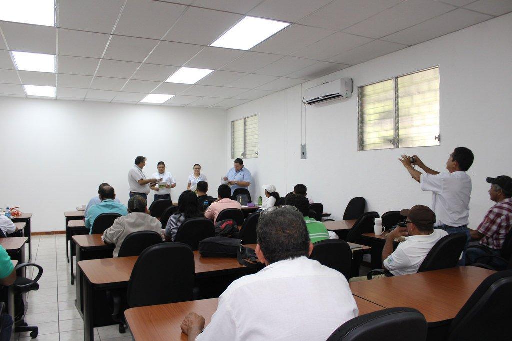 Ituzaingó: Cursos gratuitos de ingles, diseño y mantenimiento de edificios