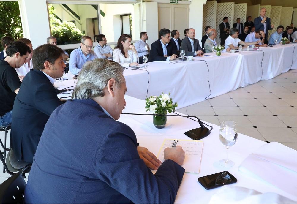 Alberto Fernández se reunió con los intendentes bonaerenses en la quinta de Olivos