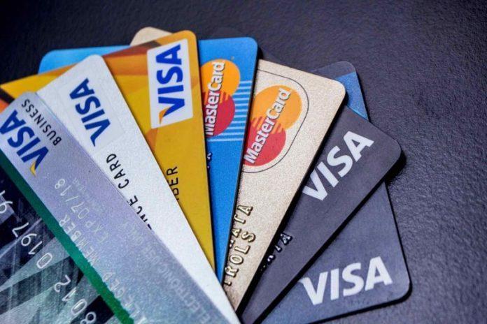 Postergan el vencimiento de las tarjetas hasta el 13 de abril
