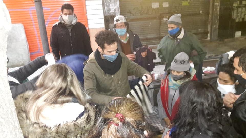 """""""Tejiendo Redes"""": La ONG de Castelar precisa ayuda para seguir asistiendo a personas en situación de calle"""