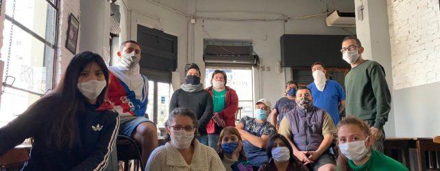 Trabajadores recuperan una pizzería, es la primera empresa cooperativa  nacida durante la pandemia 1