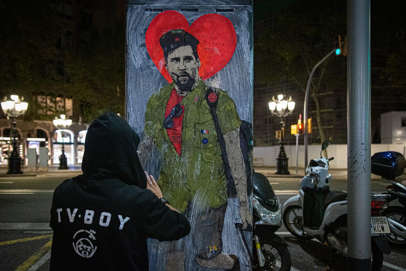 """""""Hasta siempre, comandante"""", la pintura que inmortaliza a Messi como el Che Guevara."""