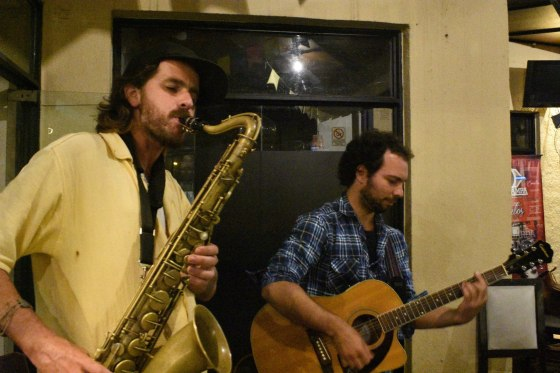 Martín Piazze lanzó un álbum a beneficio del Centro Comunitario Minka 1