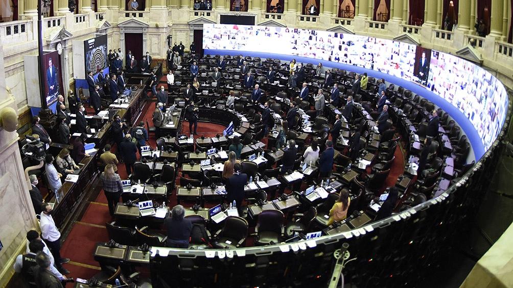 Presentan una ley que declara inembargables a los medios cooperativos y comunitarios