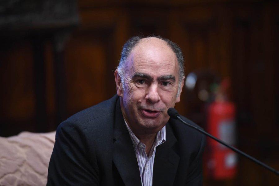 Mario Cafiero internado en grave estado
