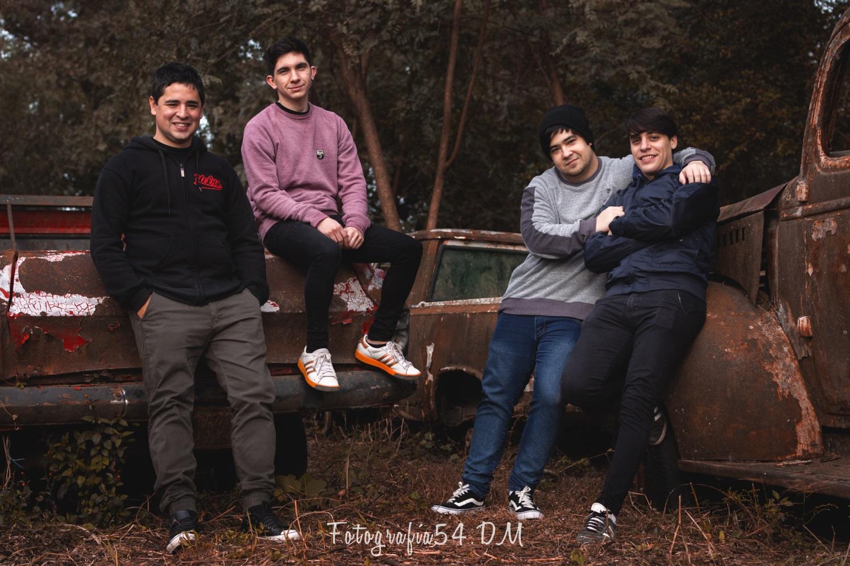 """Uglys presenta su álbum debut: """"Esta Conexión La Hicimos Con Vos"""""""