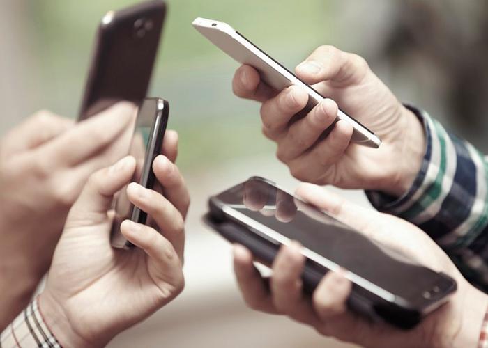 Quienes pueden acceder al plan de rebajas en la telefonía móvil, Internet y TV por cable
