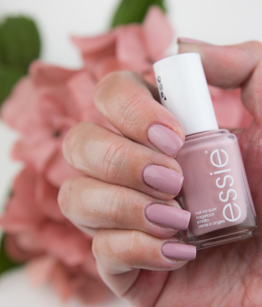 Essie, Go Go Geisha, Kimono Over, LE, Limited Edition, Tragebild, Bild, Swatch, Swatches, Nailswatch, Nail, nagel, Nägel, nails, Herbst, Fall, nagelswatch