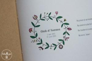 livre d'or couronne de fleurs